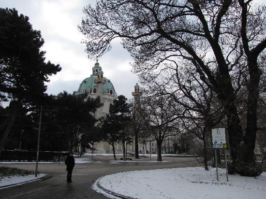 Вена, Австрия: Karlskirche