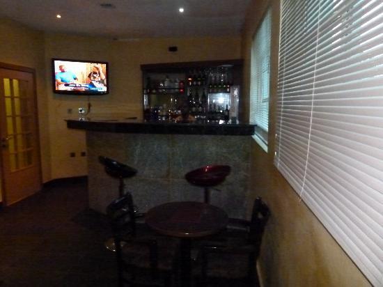 Eden Crest by Cirios Hotels: Bar