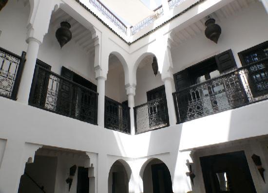 Riad Baba Ali: patio