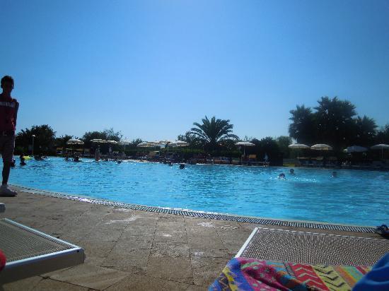 VOI Arenella resort: piscina relax