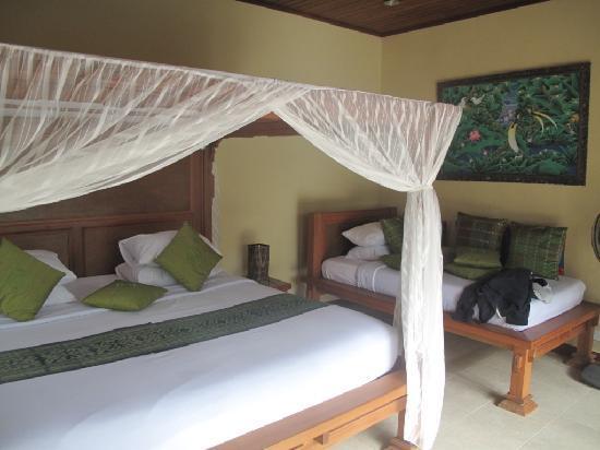Villa Agung Khalia: La literie hyper conforable (king size bed)