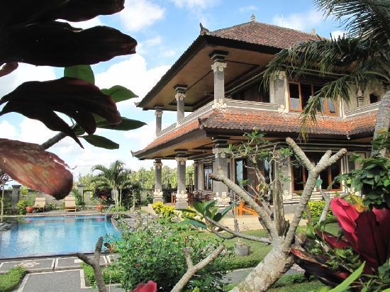 Villa Agung Khalia: Idem