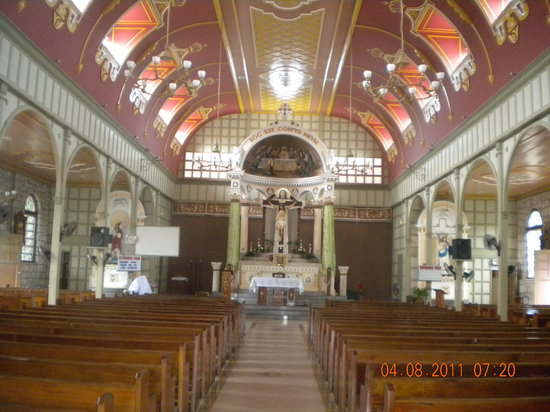 Immaculate Conception Church: Altar and pews