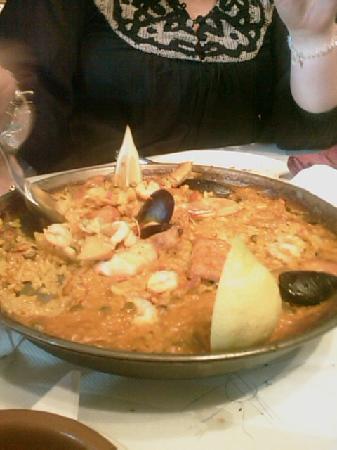 El Rincon de Rafa: Very authentic mixed Paella
