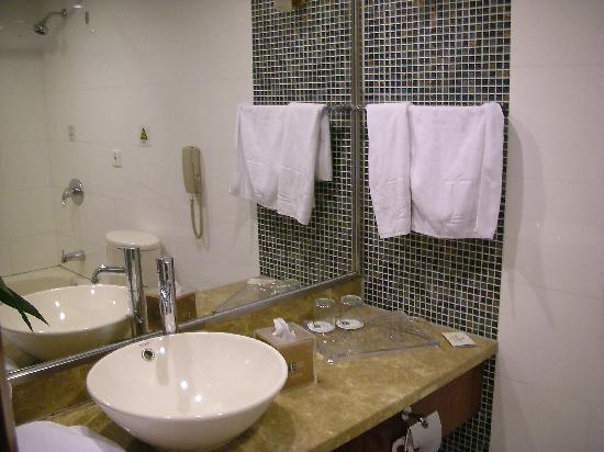 Liuhua Hotel : 洗面所