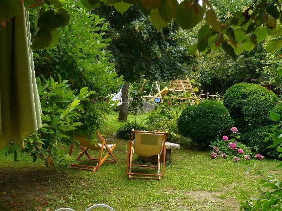 Chambre le jardin picture of maison d 39 hotes le jardin for Maison jardin