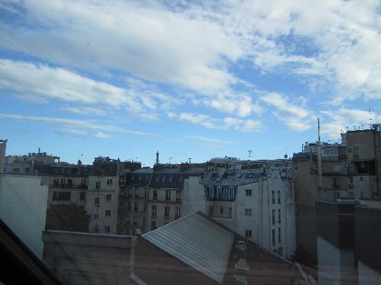 Hotel L'Adresse Paris: The view from our room