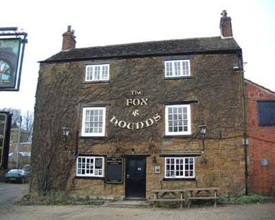 The Fox and Hounds: Just in case you get lost