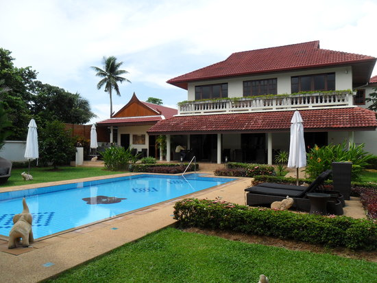 Phuket Baan Chang B&B: SWIMMINGPOOL