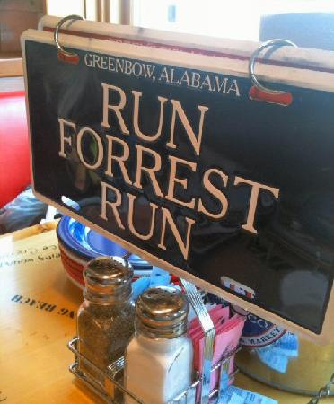 Bubba Gump Shrimp Co. Restaurant and Market: Run Away!