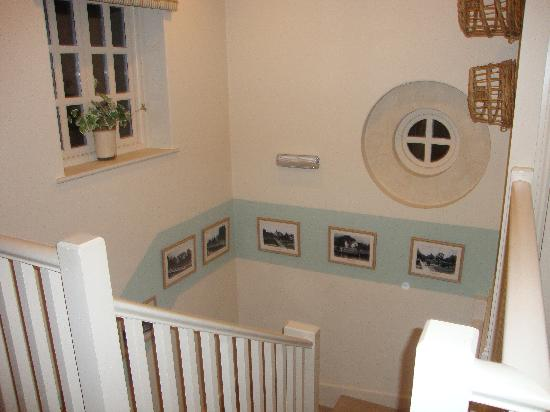 The Talbot Inn: hallway