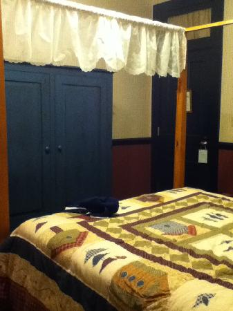 The Audubon Inn: Room 19