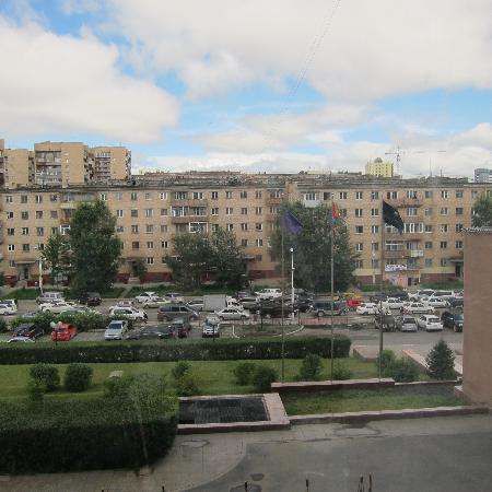 Chinggis Khaan Hotel: View from 2nd level