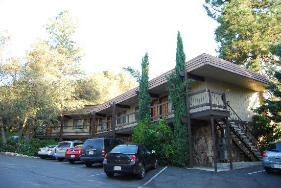 Da Fuori Picture Of Best Western Plus Yosemite Gateway Inn Oakhurst Tripadvisor