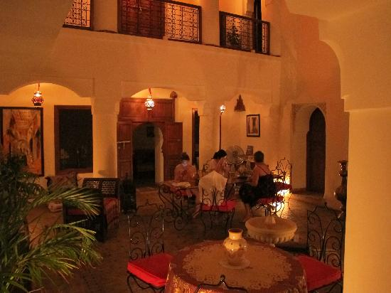 Riad Attouyour: By night