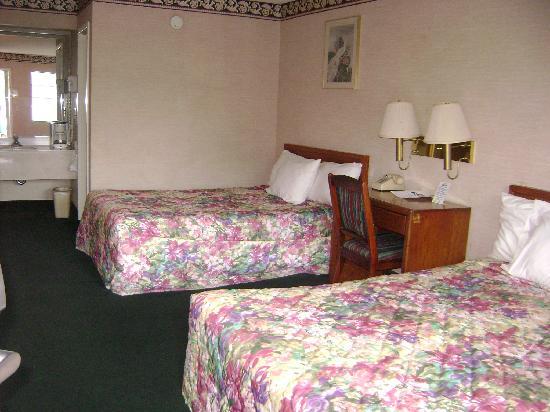 克里夫蘭騎士旅館照片