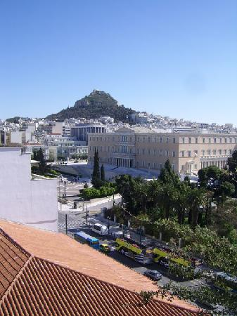 Amalia Hotel: Terraza, al NE, Syntagma y Licabeto