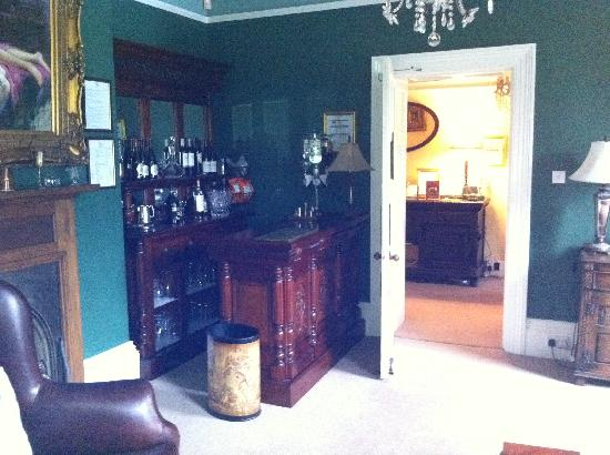 Pendragon Country House : Lounge 1 with Honesty Bar