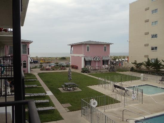Periwinkle Inn: vue de la terrasse