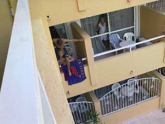Montenova Apartments: noisy neighbours