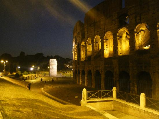 Hotel RomAntica: The Colosseum