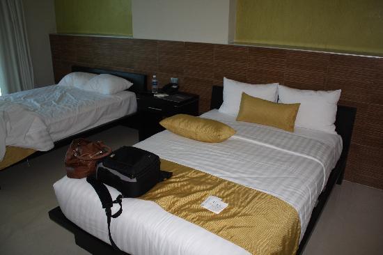 Hotel El Espanol Paseo de Montejo: chambre