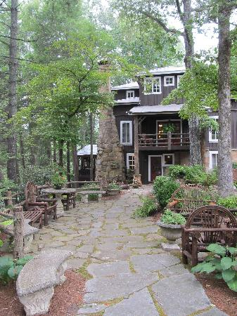 Lake Rabun Hotel & Restaurant: The hotel