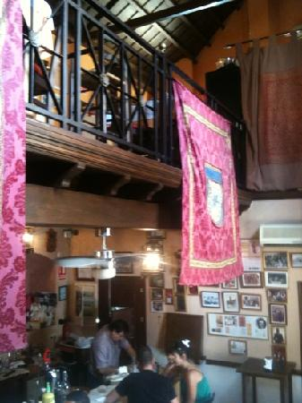 Casa Curro Montoya: inside
