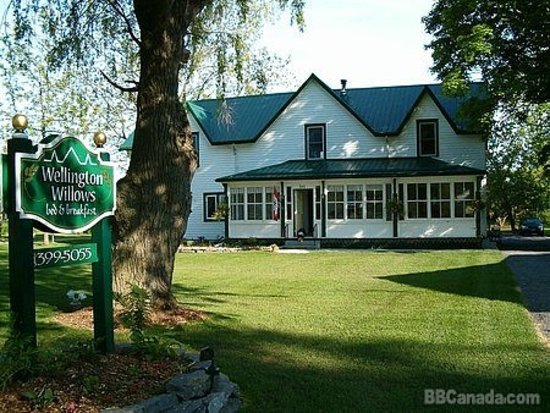 Wellington, Canadá: Visit our Country Farm House