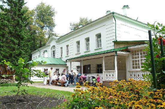 музей-усадьба л.н.толстого ясная поляна фото