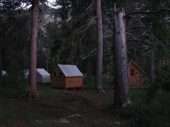 Muir Trail Ranch: Cabins