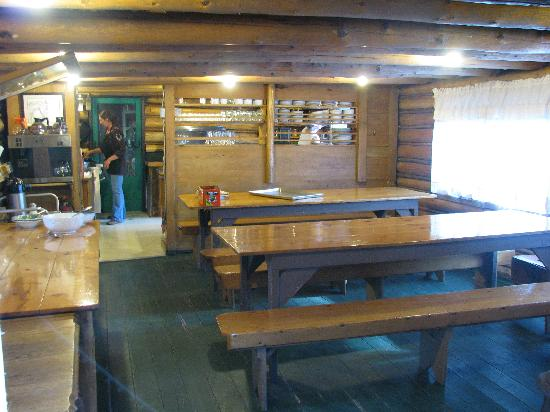 Muir Trail Ranch: Inside dining