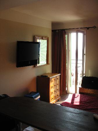 Hotel Riviera: Interno stanza 2