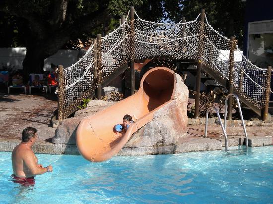 Diverhotel Marbella: bajando por el tobogan