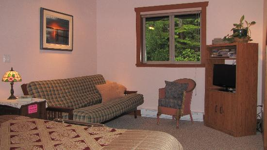 Summerhill Guest House: Sunset Suite south facing