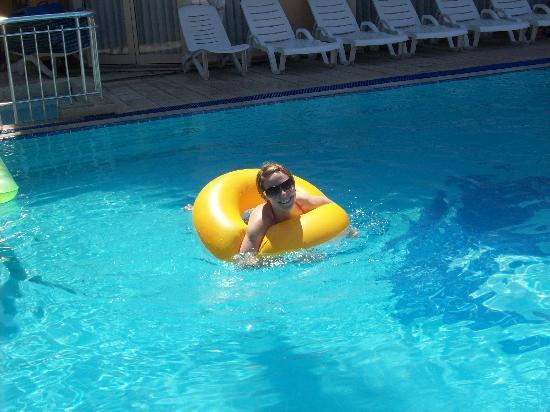 Sebnem Apart Hotel: Pool