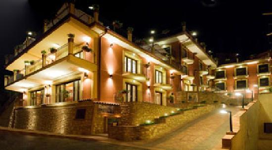 أجوستينيانا هوتل: Hotel di notte