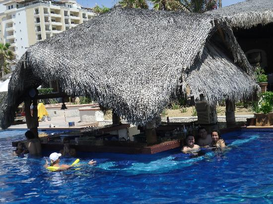 Solmar Resort: The pool bar where you were able to drink an eat as well.