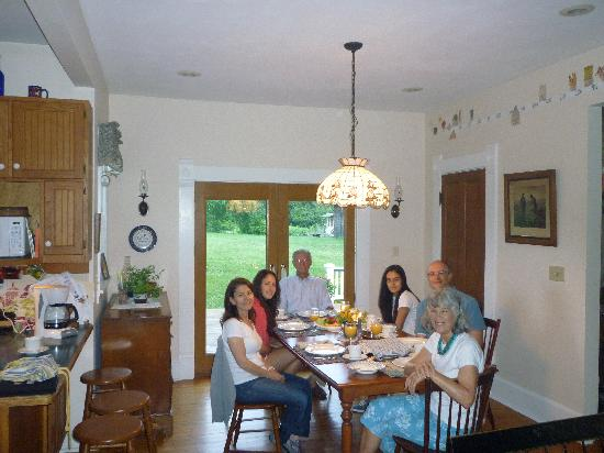 "Homeplace Bed and Breakfast: Our breakfast session at ""The Homeplace Guest House"""
