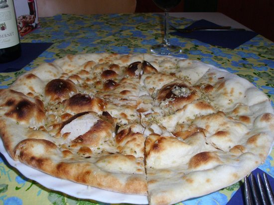 Attimo: SteinofenVospeisenPizzaBianco