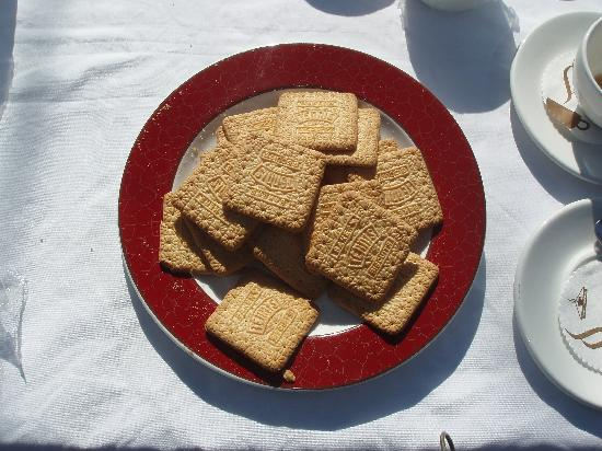 Epacha Game Lodge and Spa: Tennis biscuits for morning coffee