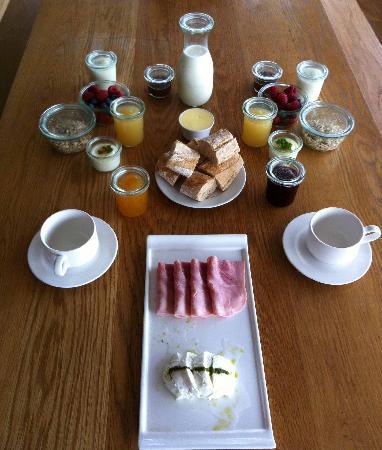 Inis Meain Restaurant & Suites: ausgezeichnetes Frühstück