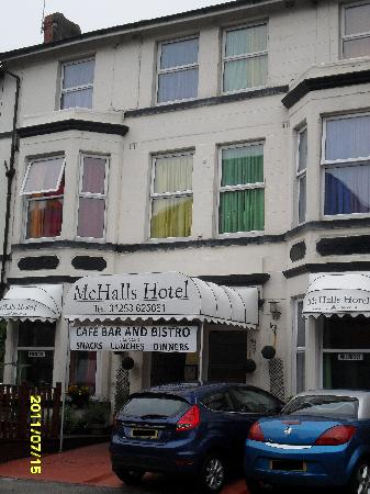 McHalls Hotel: This is the front of the hotel