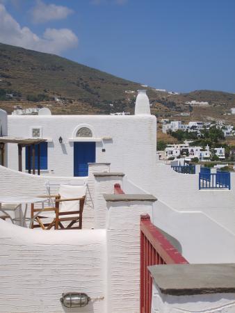 Cavos Ai Sostis: Vue côté de la terrasse