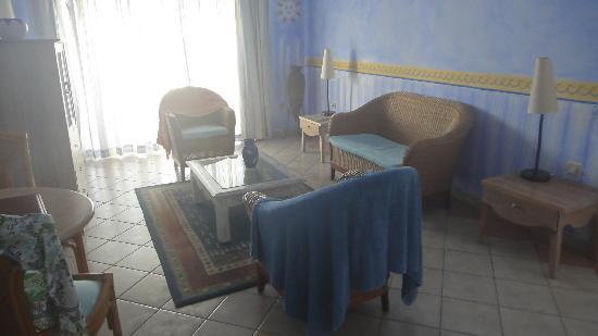 Sol Cayo Largo: Junior Suite's living room
