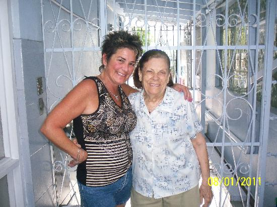 Mignon Guest House: Mrs Mary and Kathy