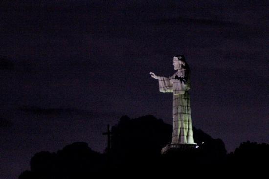 Las Palmas B&B: Jesus statue at night with thunder storm