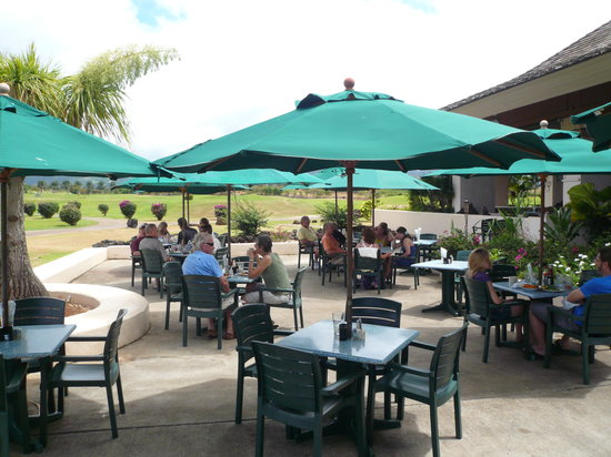 Joe's on the Green: Great seating overlooking the Golf Course