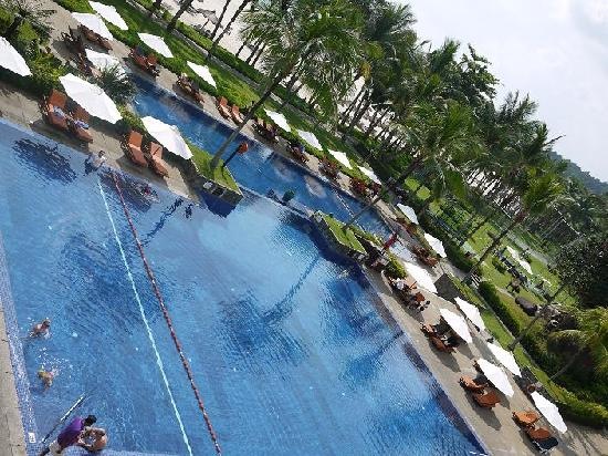 Club Med Bintan Island: The swimming pool
