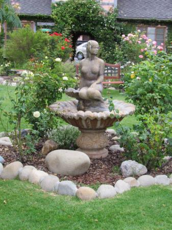 Solvang Gardens: Welcome